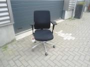 Foto: bureaustoel comforto zwart